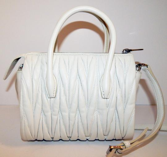 Miu Miu Matelasse Bauletto Leather Tote in White Image 5