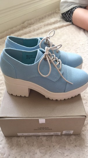 Urban Outfitters Canvas Lace Up Light blue and white Platforms Image 5