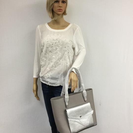 MICHAEL KORS Shoulder Leather Tote in PEARL GRAY/SILVER Image 8