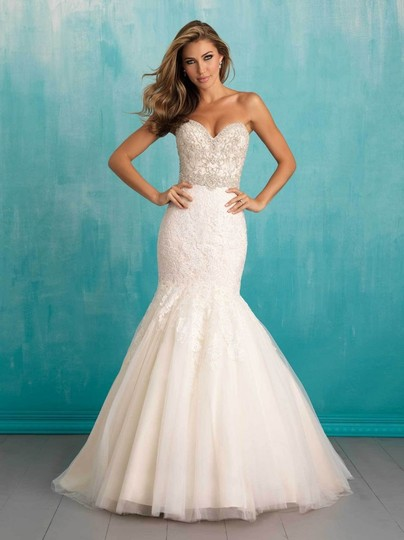 Allure Bridals Ivory Lace Organza Ab9305 Feminine Wedding Dress Size 10 (M) Image 7