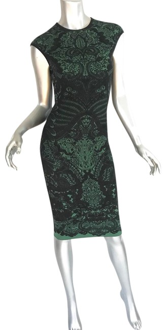 Preload https://img-static.tradesy.com/item/23939415/alexander-mcqueen-greenblack-stunning-mid-length-cocktail-dress-size-2-xs-0-1-650-650.jpg