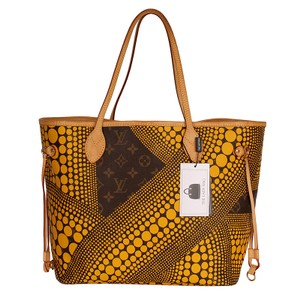 Louis Vuitton Neverfull Kusama Monogram Limited Edition Classic Tote in Brown