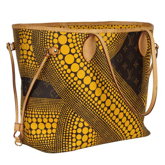 Louis Vuitton Neverfull Kusama Monogram Limited Edition Classic Tote in Brown Image 5