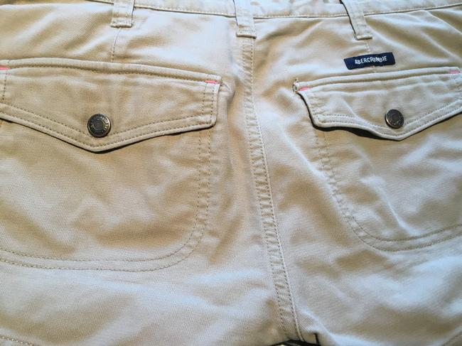 Abercrombie & Fitch Mini/Short Shorts Beige Image 4