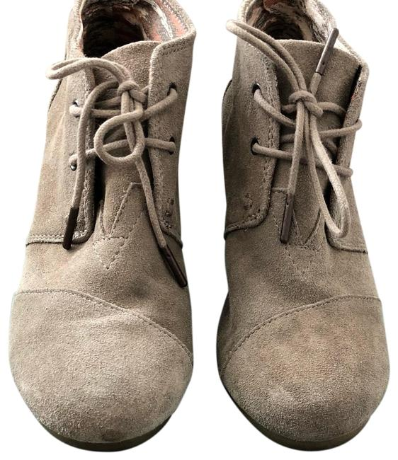 TOMS Taupe Wedge Boots/Booties Size US 7.5 Regular (M, B) TOMS Taupe Wedge Boots/Booties Size US 7.5 Regular (M, B) Image 1