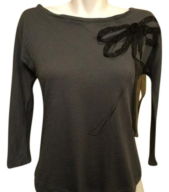 Preload https://img-static.tradesy.com/item/23940930/lc-lauren-conrad-gray-and-black-with-large-bow-blouse-size-4-s-0-1-650-650.jpg