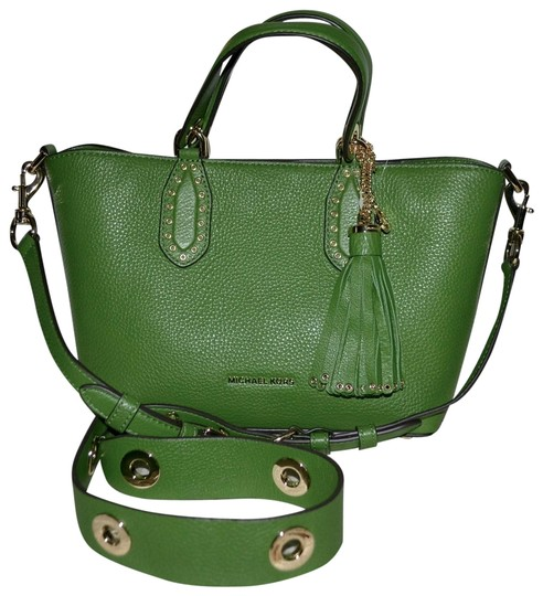 Preload https://img-static.tradesy.com/item/23941957/michael-kors-brooklyn-small-true-green-leather-satchel-0-4-540-540.jpg