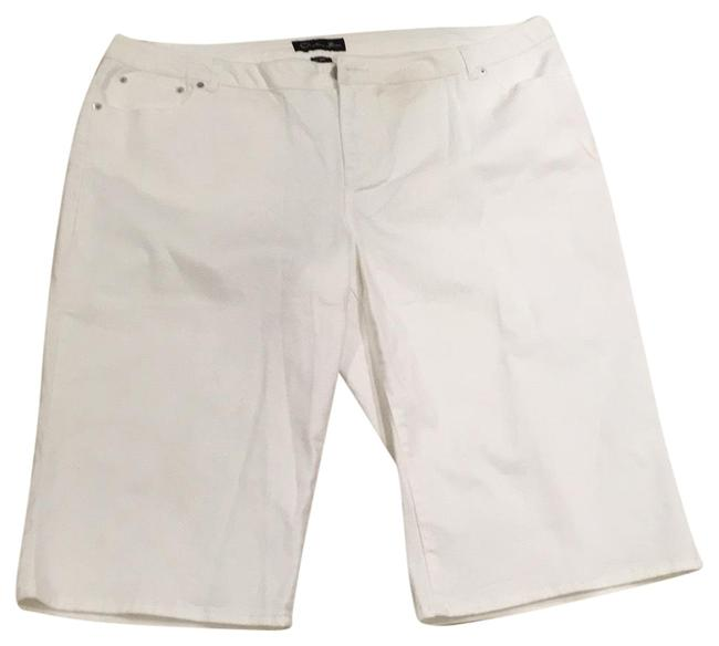 Item - White Shorts Size 24 (Plus 2x)
