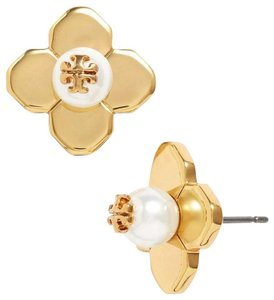 Tory Burch NEW TORY BURCH PEARL FLOWER LOGO GOLD STUD EARRINGS DUST BAG NWT