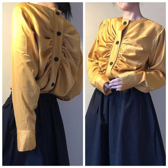 Preload https://img-static.tradesy.com/item/23942422/mustard-yellow-silky-reversible-ruched-snap-c93-blouse-size-6-s-0-0-650-650.jpg