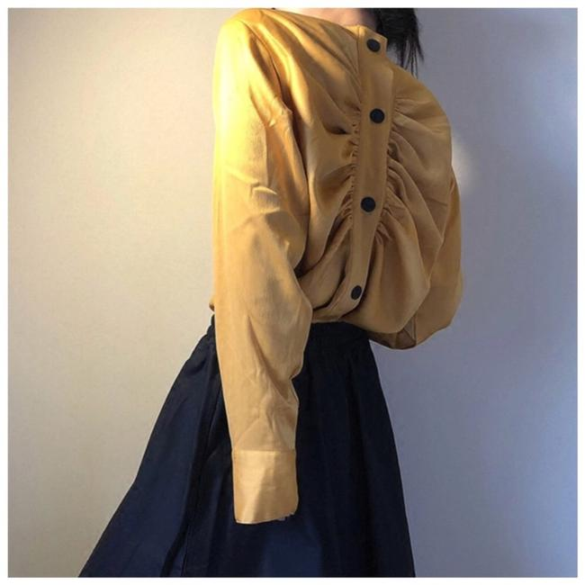 ME-Boutiques Private Label Collection Top mustard yellow Image 1