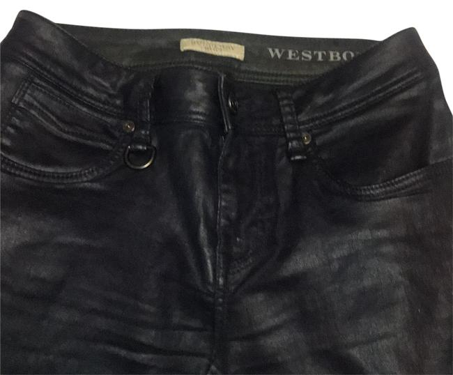 Preload https://img-static.tradesy.com/item/23943315/burberry-brit-dark-blue-light-wash-westbourne-ankle-w-2-xs-skinny-jeans-size-2-xs-26-0-1-650-650.jpg