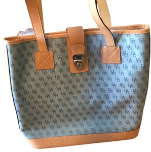 Dooney & Bourke Tote in light blue with saddle leather trim