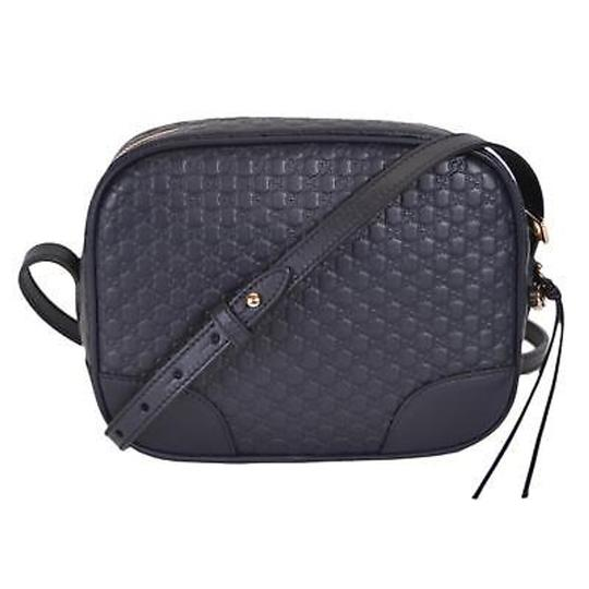 Preload https://item3.tradesy.com/images/gucci-bree-leather-navy-cross-body-bag-23944922-0-2.jpg?width=440&height=440