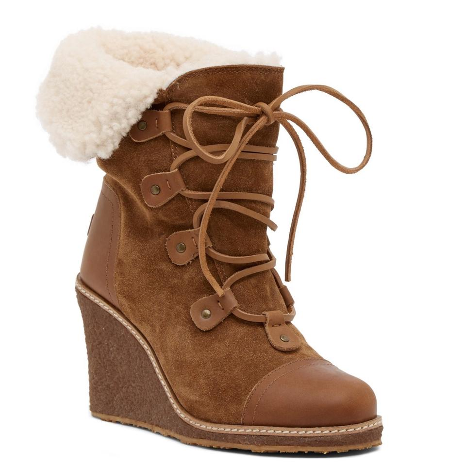 22529290ae3 Australia Luxe Collective Chestnut Mona Genuine Shearling Wedge  Boots Booties