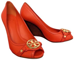 8ce958956cd6 Tory Burch Leticia High Leather Pump Medallion Orange Wedges - item med img