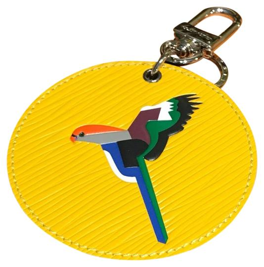 Preload https://img-static.tradesy.com/item/23946252/louis-vuitton-yellow-rare-limited-edition-early-bird-charm-key-holder-0-14-540-540.jpg
