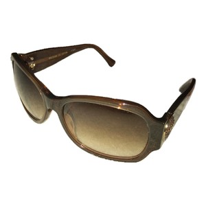 b4fa8ad11873 Gold Louis Vuitton Sunglasses - Up to 70% off at Tradesy