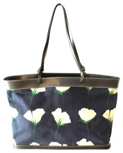 Maxx New York Tote in Navy with floral