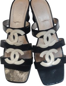 5cb4e132b7305f White Chanel Sandals - Up to 90% off at Tradesy