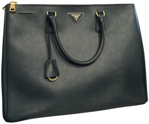 a008dd1ba665 Prada Galleria Double Extra Large Saffiano Zipper Green Leather Tote ...
