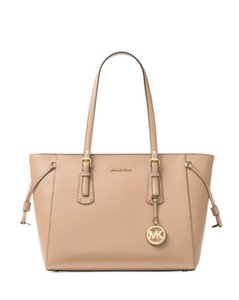 d0f3bf836e013e Michael Kors Voyager Large Zip-top Ultra Pink Crossgrain Leather Fits Ipad  Tote in Oyster
