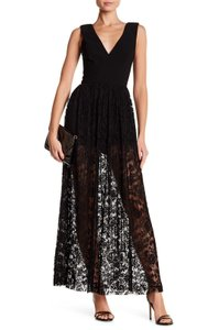 Monique Lhuillier V-neck Pleated Wedding Guest Dress