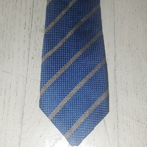 Thomas Pink Cerulean/Gold Striped Silk Nwot Tie/Bowtie