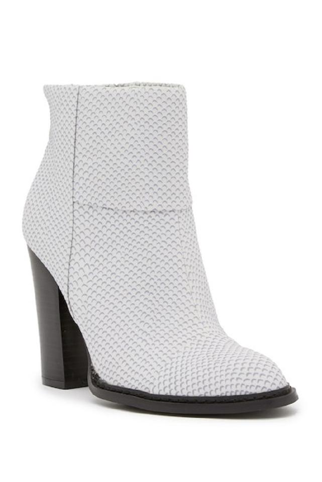 38458ded4b7 Chinese Laundry White Ginger Lizzard Embossed Ankle Boots Booties ...