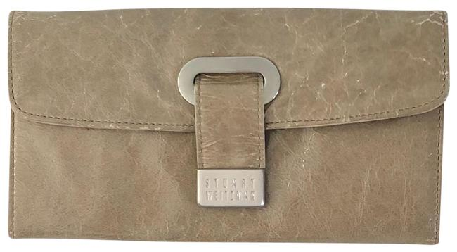 Item - Tan Patent Leather Wallet