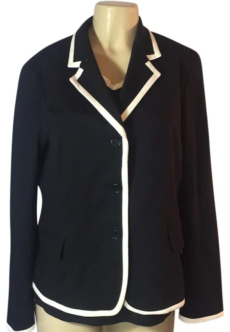 Item - Black and White Blouse Skirt Suit Size 16 (XL, Plus 0x)
