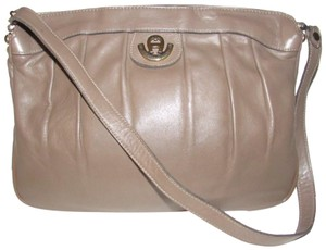 210377dce32b Etienne Aigner Multiple Compartment High-end Bohemian Gold Hardware Supple  Hinged Top Closure Shoulder Bag