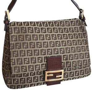 Fendi Zucca   Zucchino Pattern Mamma Baguette In Ghw Brown Canvas ... e00d50d4033de