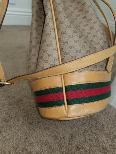 Gucci Vintage Drawstring Bucket Gg Cross Body Bag
