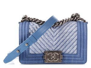 Chanel Two-tone Denim Ch.p0803.06 Silver Hardware Reduced Price Cross Body Bag - item med img