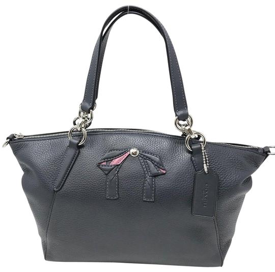 Preload https://img-static.tradesy.com/item/23964574/coach-kelsey-small-with-bow-midnight-navy-leather-satchel-0-1-540-540.jpg
