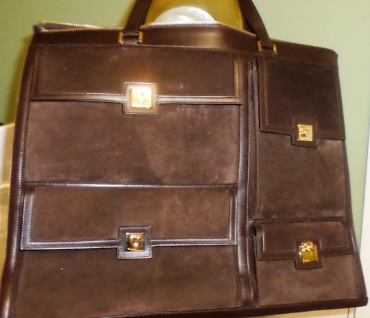 Salvatore Ferragamo Professional Work Classic Classy Shoulder Bag