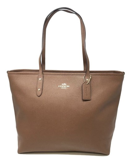 Preload https://item1.tradesy.com/images/coach-city-saddle-f11926-brown-leather-tote-23964645-0-0.jpg?width=440&height=440