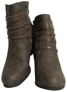 Madden Girl New Size 8.5 Brown Boots