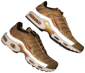 e6f96145ef Nike Gold Air Max Plus Women Sneakers Size US 8 Regular (M, B) - Tradesy
