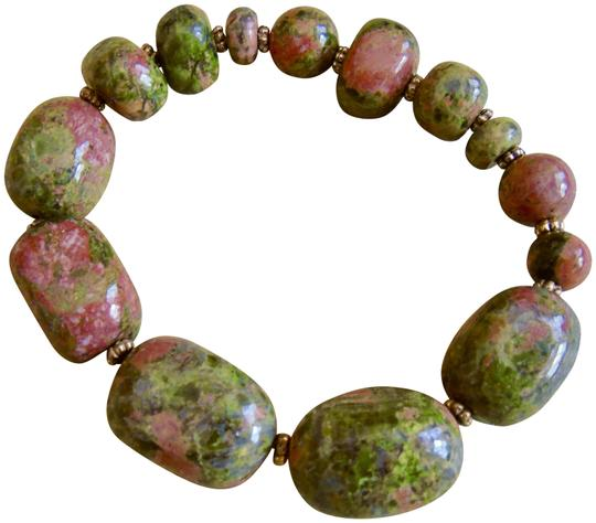 Preload https://item2.tradesy.com/images/green-and-pink-polished-unakite-gemstone-nugget-bead-stretch-bracelet-23964801-0-1.jpg?width=440&height=440