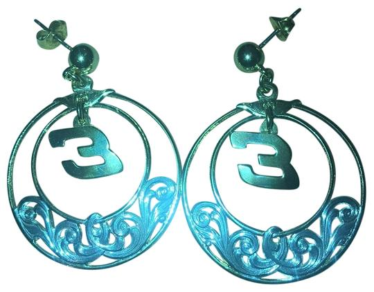 Preload https://item2.tradesy.com/images/silver-and-gold-earrings-23964851-0-1.jpg?width=440&height=440