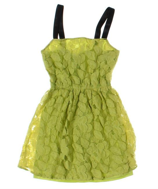Preload https://img-static.tradesy.com/item/23964864/material-girl-light-green-leaves-texture-flared-short-casual-dress-size-4-s-0-0-650-650.jpg