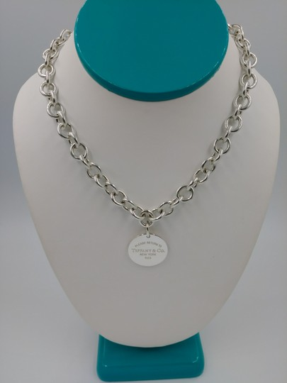Tiffany & Co. Please return to Tiffany round tag necklace