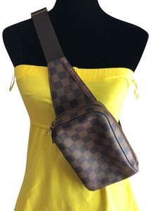 1e7fe56dea0 Gucci Courrier Zip Belt Gg with Applique Brown Coated Canvas Weekend ...