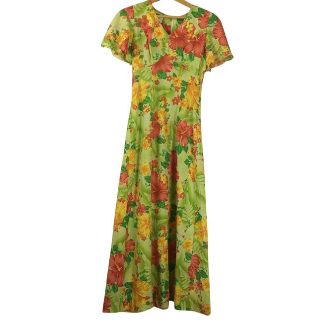 Preload https://item3.tradesy.com/images/green-womens-tropical-hibiscus-floral-v-neck-long-casual-maxi-dress-size-os-one-size-23965022-0-0.jpg?width=400&height=650