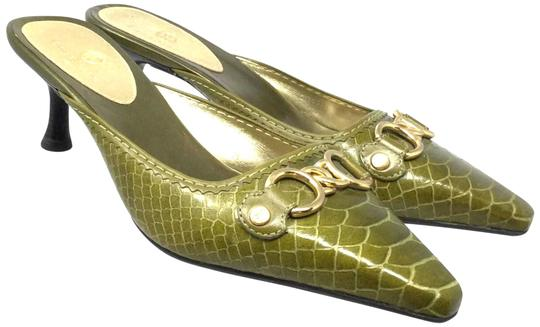 Preload https://img-static.tradesy.com/item/23965111/cole-haan-olive-green-women-s-85beur-39-slip-on-heel-sandals-size-us-85-regular-m-b-0-1-540-540.jpg