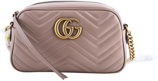 Preload https://img-static.tradesy.com/item/23965112/gucci-marmont-calfskin-matelasse-small-gg-taupe-beige-leather-cross-body-bag-0-1-540-540.jpg
