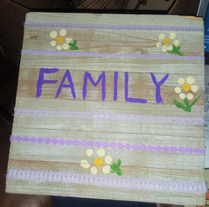 "Gray/Lavender/Green/White Wooden ""Vintage Style"" Family Sign/Plaque Decoration"