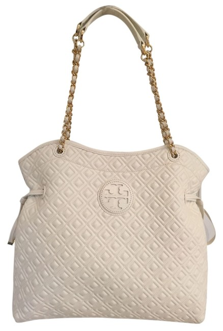 Item - Marion Quilted Slouchy Tote White Leather Shoulder Bag